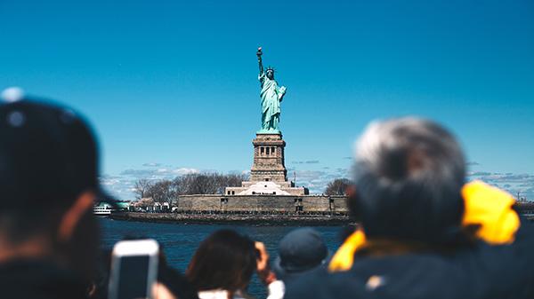 new york utazás olcsó repülőjegy online egyénileg és csoportosan